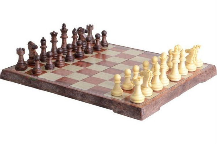 Настольная игра Bambi Шахматы 3520 L
